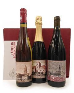 """Wein-Paket im Geschenkkarton """"Jubiläumsedition 200 Jahre Evangelische Landeskirche in Baden 1821-2021"""" direkt vom Weingut."""